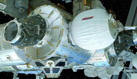 space_station_inflatable_c36-0-2011-1152_s885x516