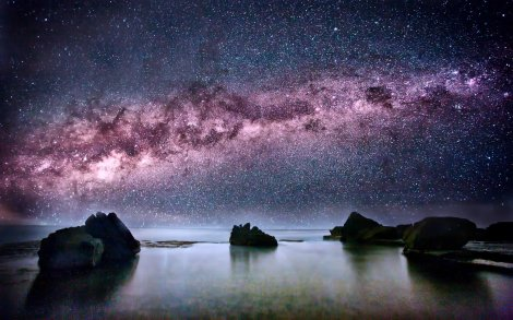 444886-beach-horizon-milky-way-night-night-sky-reflections-rocks-stars-water
