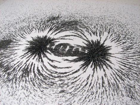 magnetic-fields-iron-filings-flickr-oskay